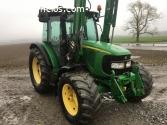 Tractor John Deere 5820 con cargador