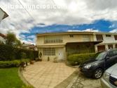 Casa en Venta en área privada de Bogota.