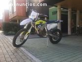 Moto Husqvarna TE 250 Enduro