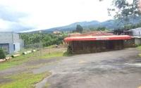 Restaurant  y gran Terreno, Santa Elena.