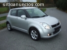 Suzuki Swift gris