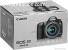 Canon EOS 5D Mark III EF 24-105mm f / 4