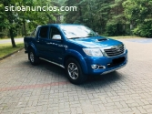 Toyota HiLux 4x4 doble cabina