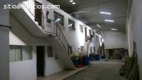 Bodega con apartamentos y casa en Mixco