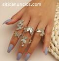 Los anillos siguen siendo de moda