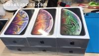 Apple iPhone XS $550 USD iPhone XS Max $