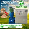 Maquina Meelko para pellets con madera