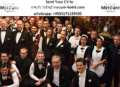 recepcionista e balconistas de hotel