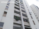 Vendo cómodo apartamento en la Urbina